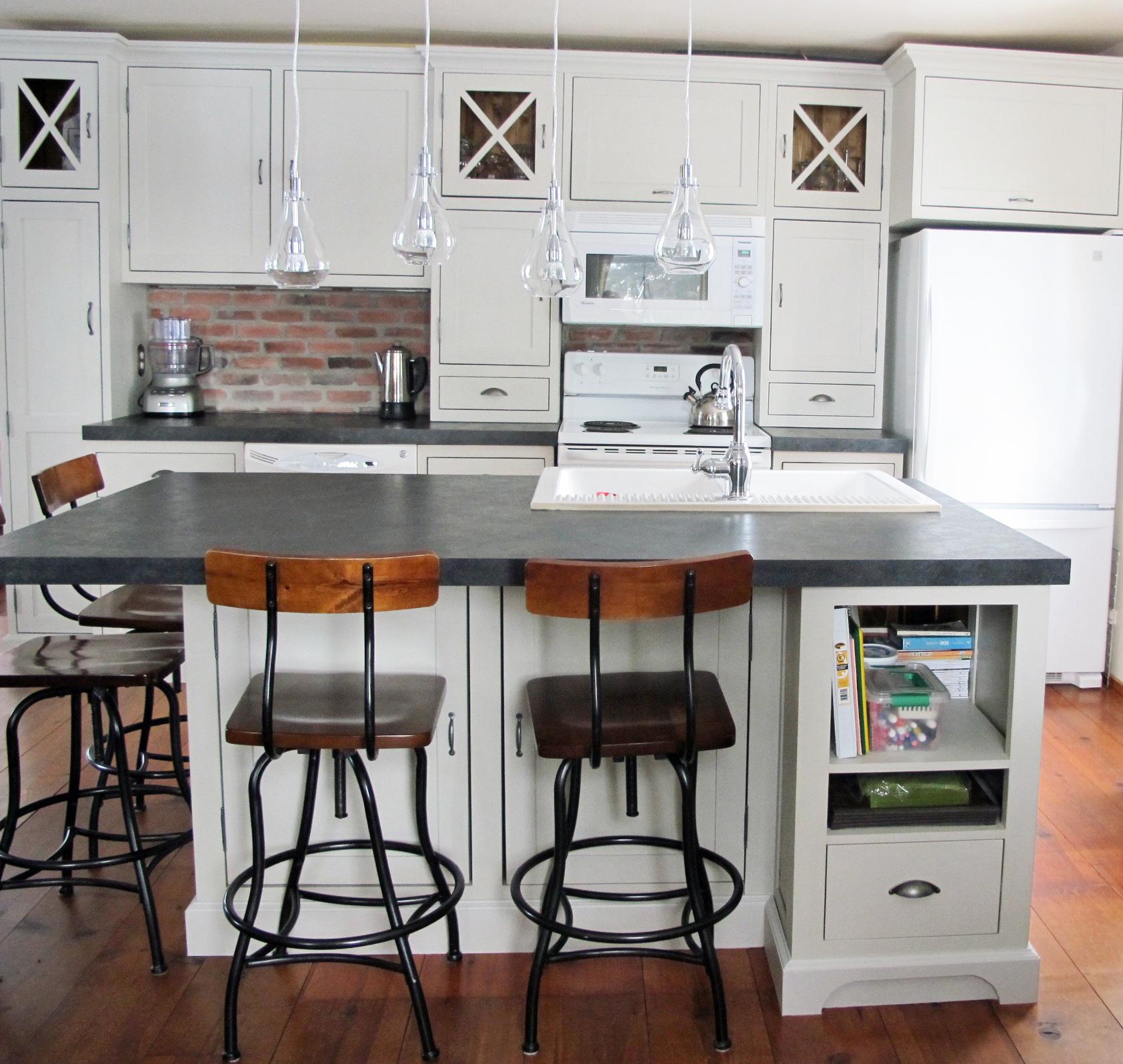 restauration r paration de meubles et d 39 armoires de. Black Bedroom Furniture Sets. Home Design Ideas